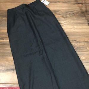 Harold's long 100% wool skirt sz 4